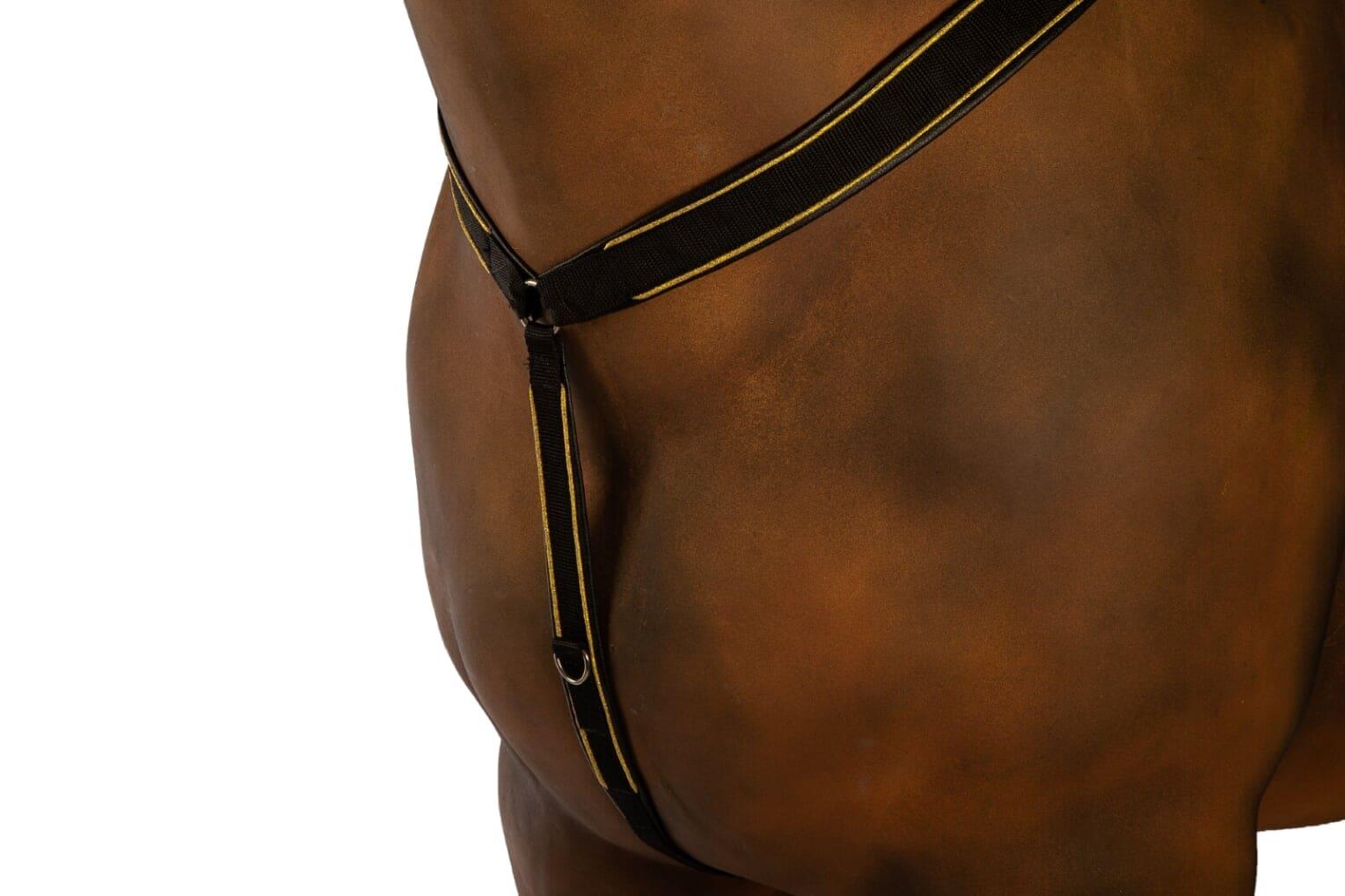 Finntack Elite syntetisk Y-formet bryst med kant